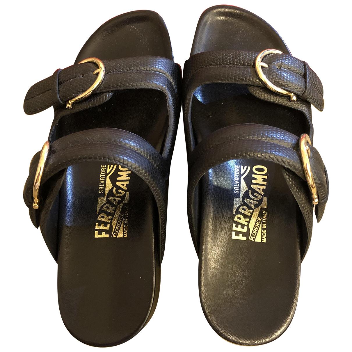 Salvatore Ferragamo \N Black Leather Sandals for Women 6 US