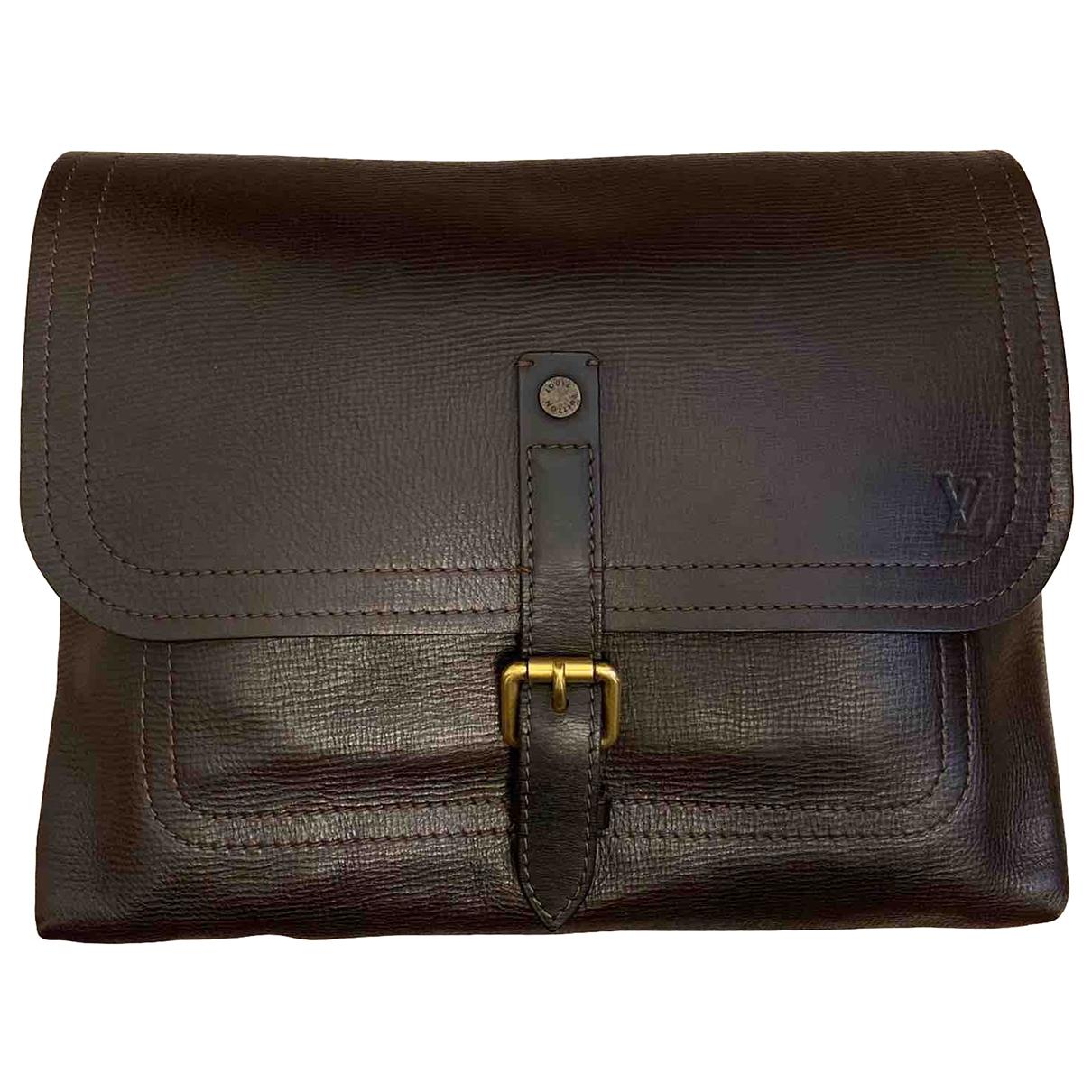 Louis Vuitton Utah  Brown Leather bag for Men \N