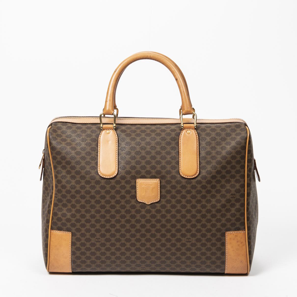 Celine \N Handtasche in  Braun Leder