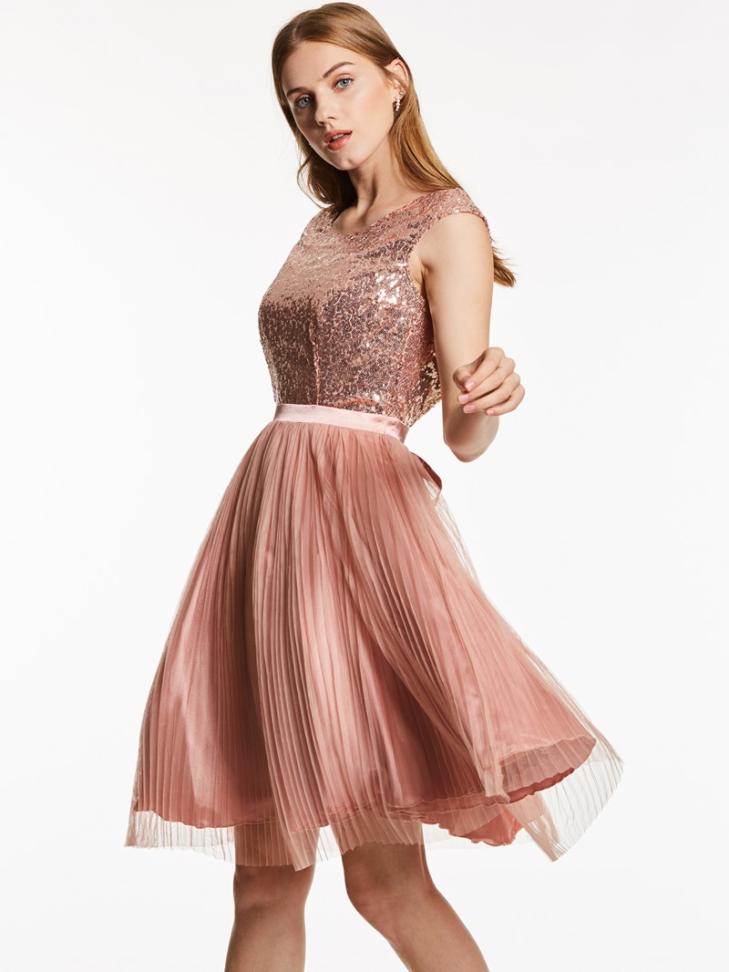 Ericdress Scoop Neck Backless Sequins Knee-Length Cocktail Dress