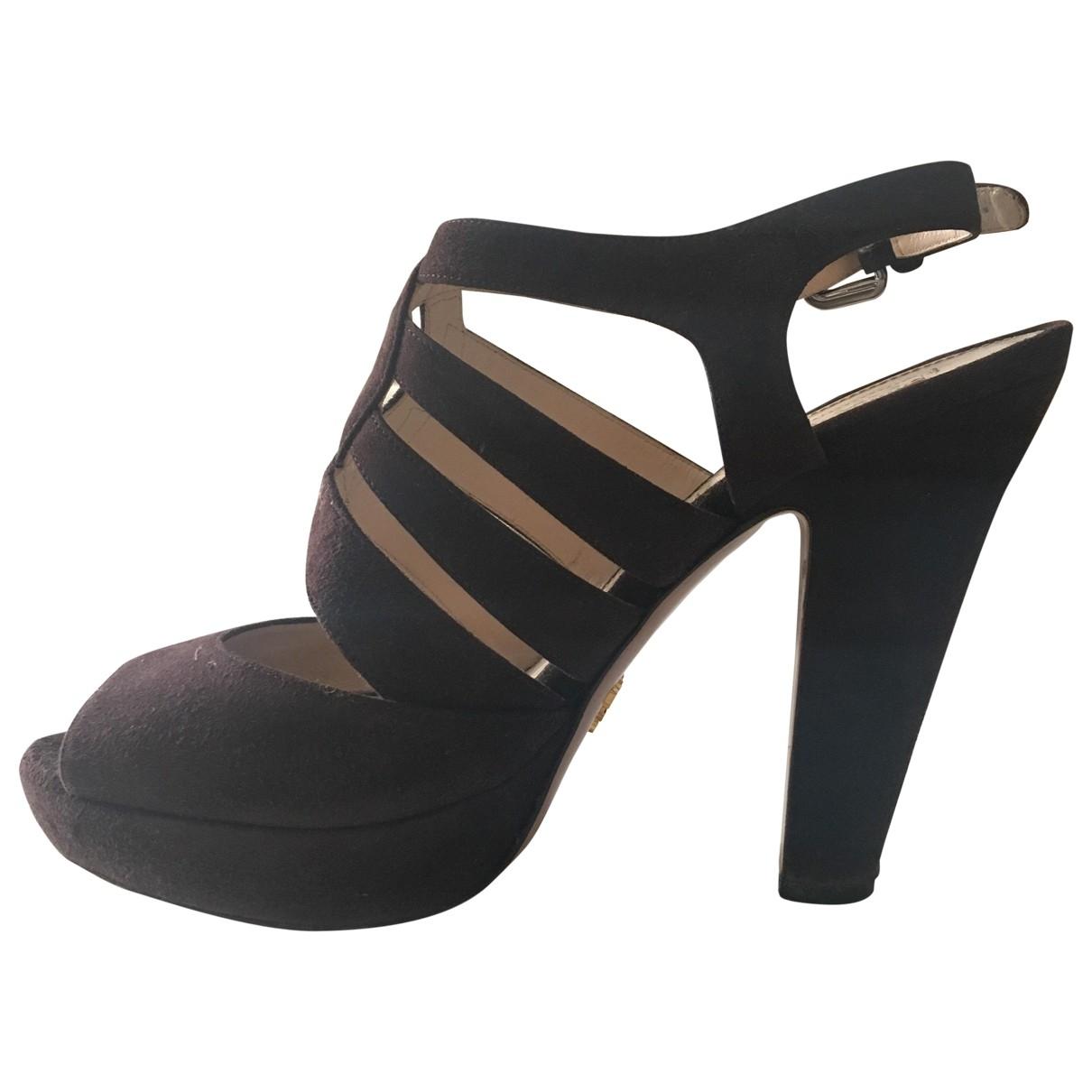 Prada - Sandales   pour femme en suede - marron