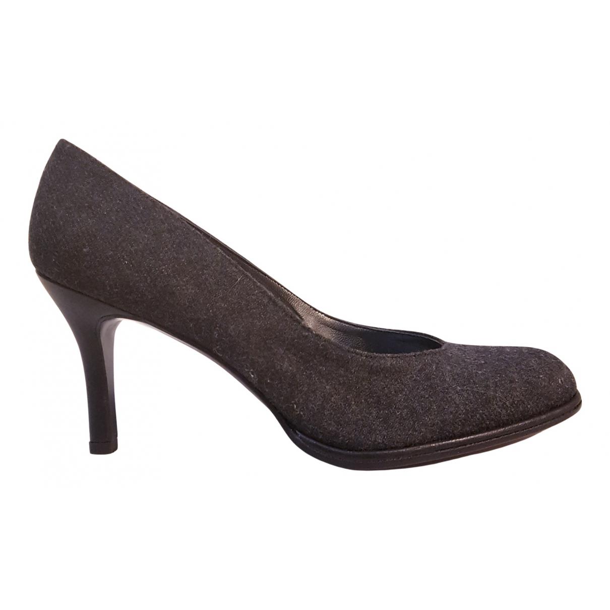 Stuart Weitzman N Grey Velvet Heels for Women 38.5 EU