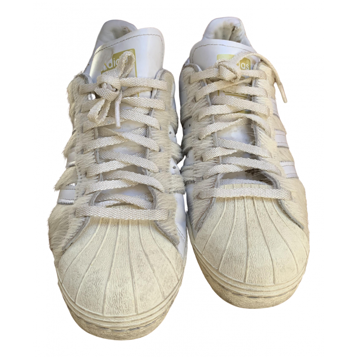 Adidas Superstar Sneakers in  Weiss Leinen