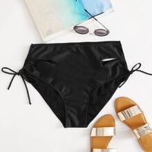 Bikini Hoschen mit seitlichem Ausschnitt