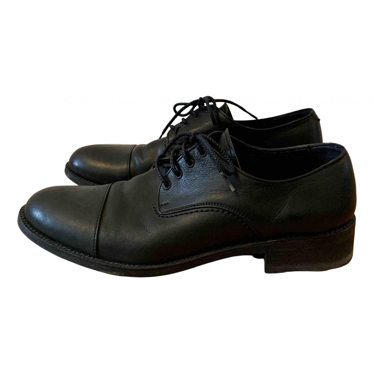 Issey Miyake - Derbies   pour homme en cuir - noir