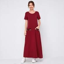 Maxi Kleid mit Quasten, Band und Taschen vorn