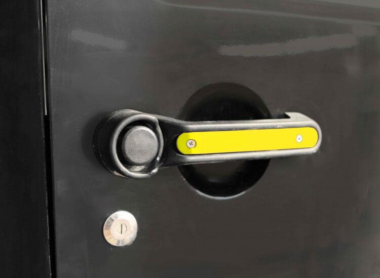 Steinjager J0044797 Door Handle Accent Kit Wrangler JK 2007-2018 2 Doors Plus Tailgate Lemon Peel
