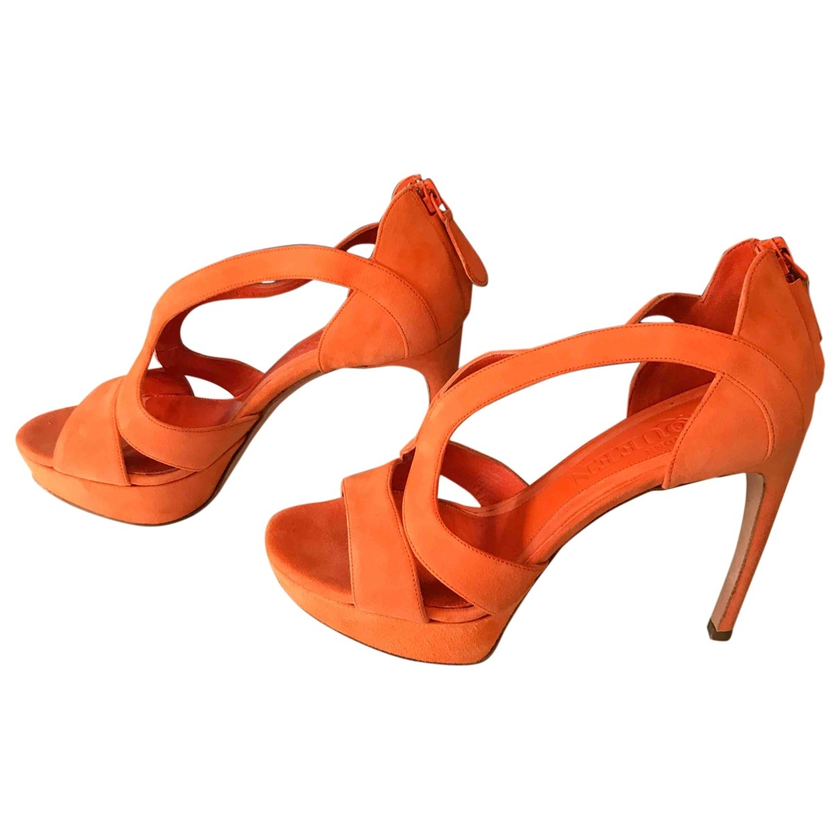 Alexander Mcqueen \N Sandalen in  Orange Veloursleder