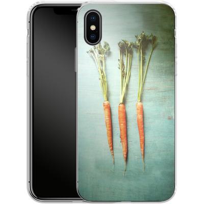 Apple iPhone X Silikon Handyhuelle - Three Carrots von Joy StClaire