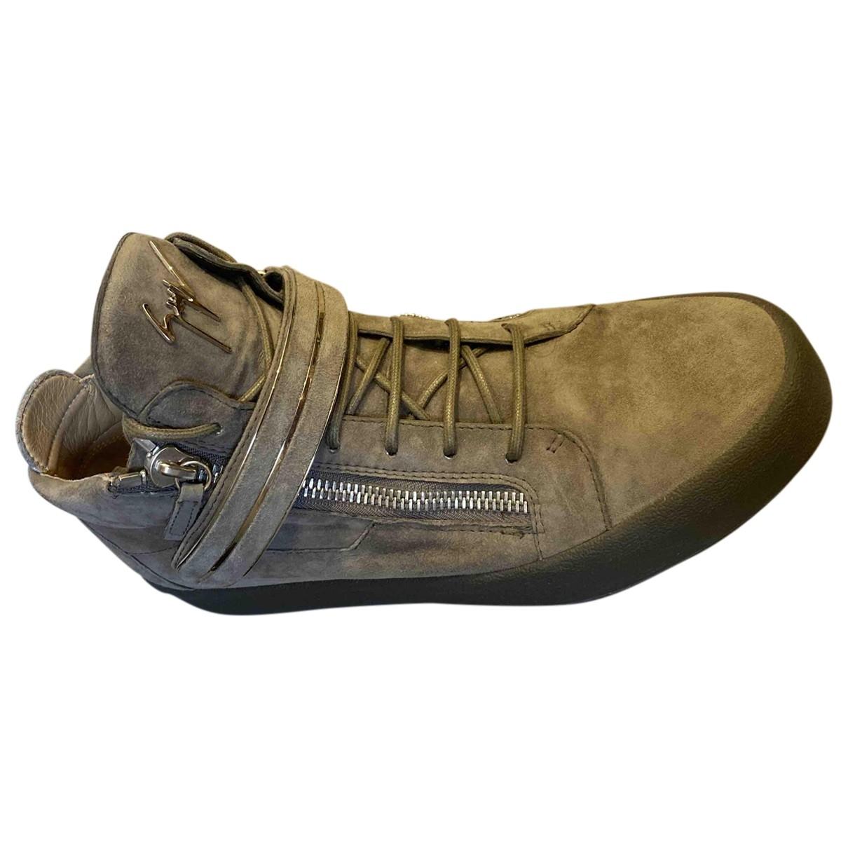 Giuseppe Zanotti \N Sneakers in  Beige Veloursleder