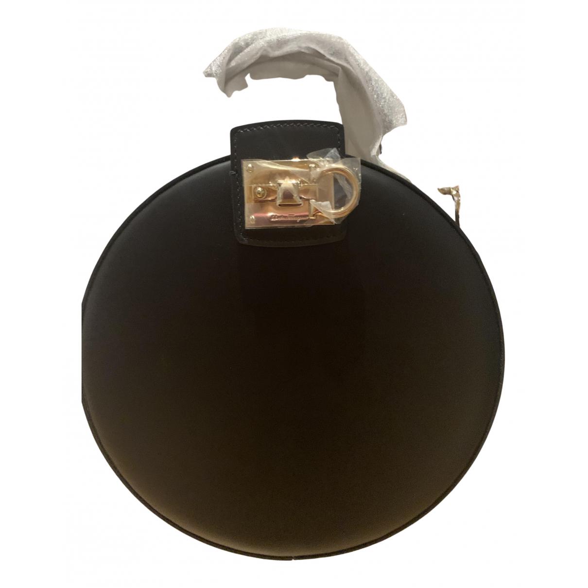 Salvatore Ferragamo N Black Leather handbag for Women N