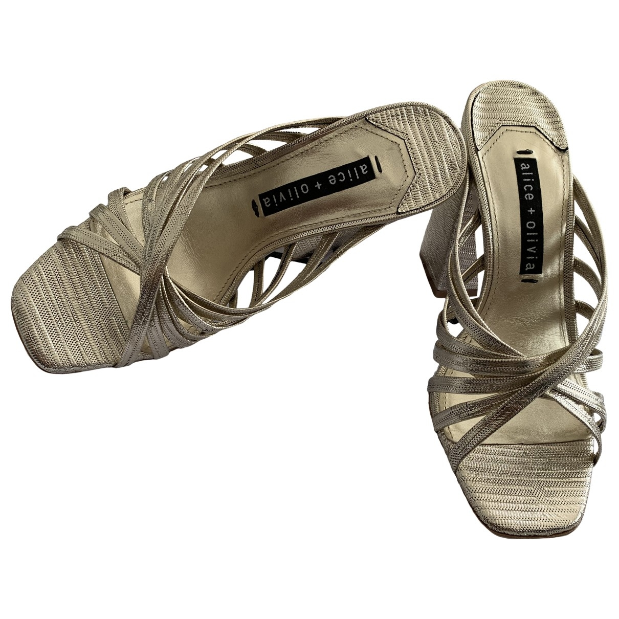 Alice & Olivia \N Sandalen in  Gold Mit Pailletten