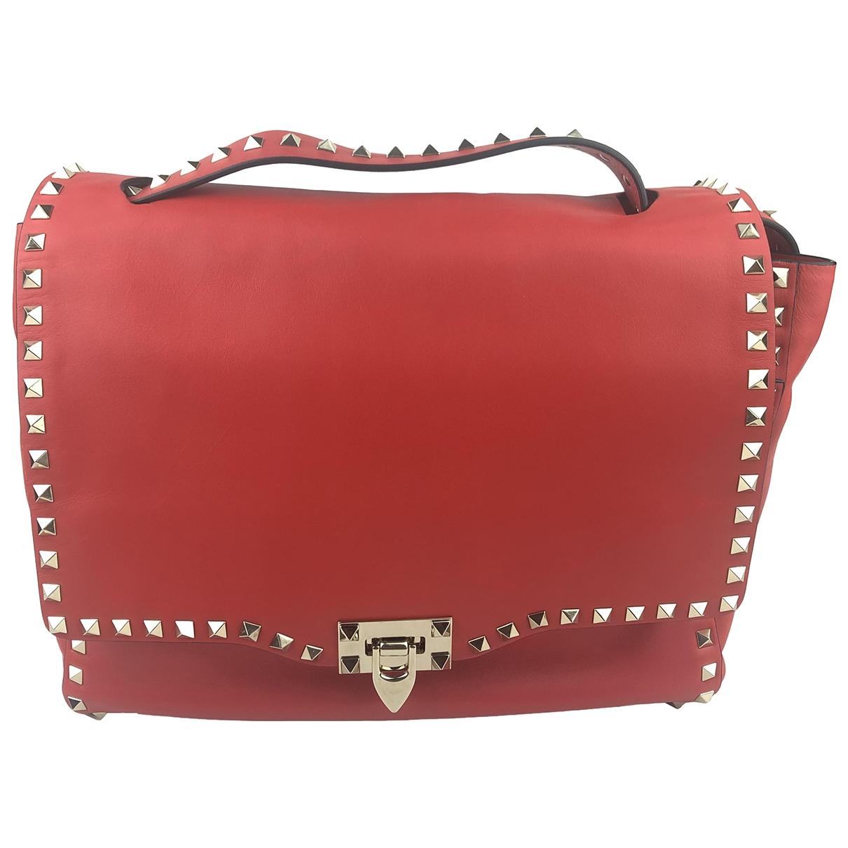 Valentino Garavani Rockstud Handtasche in  Rot Leder