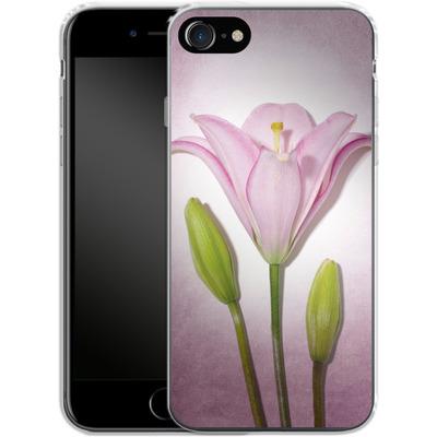 Apple iPhone 7 Silikon Handyhuelle - Marfuschka III von Marie-Luise Schmidt