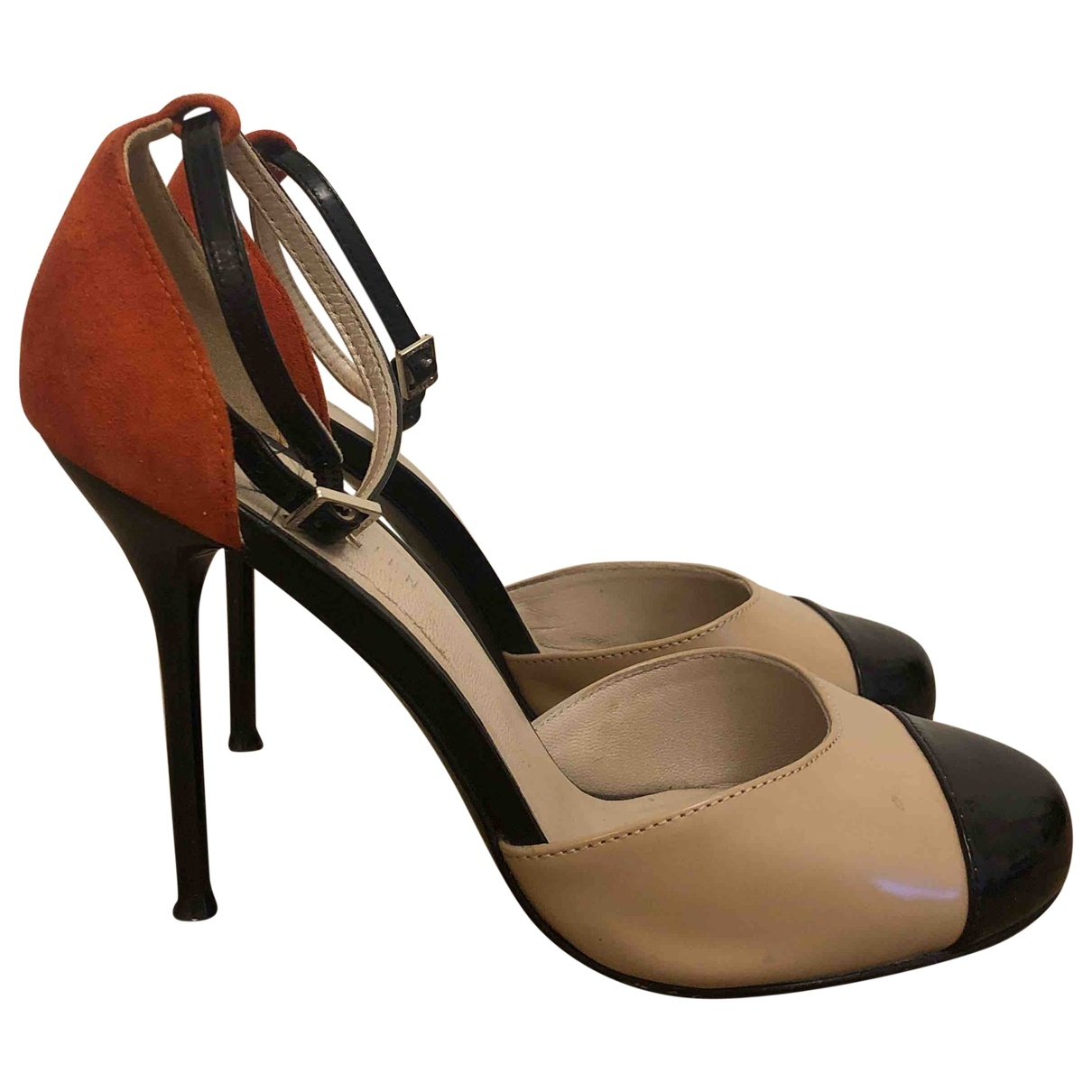 Karen Millen \N Pumps in  Beige Leder