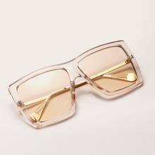 Klare Sonnenbrille mit Acrylrahmen
