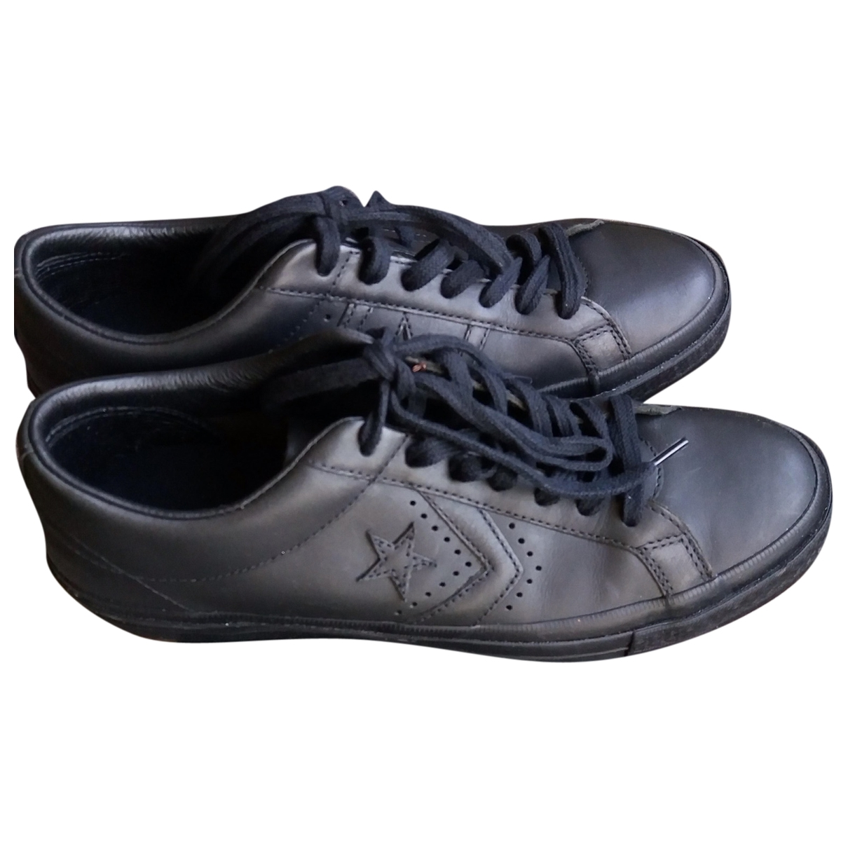 Converse \N Black Leather Trainers for Men 43 EU