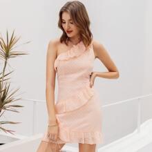 Kleid mit einer Schutler frei, Raffung und Punkten Muster