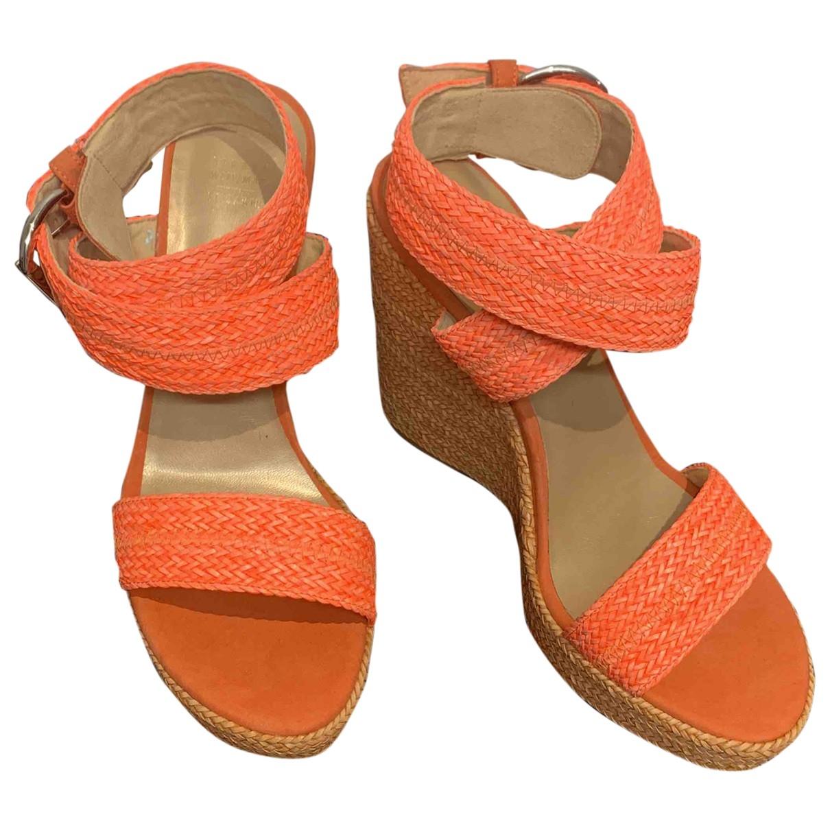 Stuart Weitzman \N Orange Cloth Sandals for Women 39 EU
