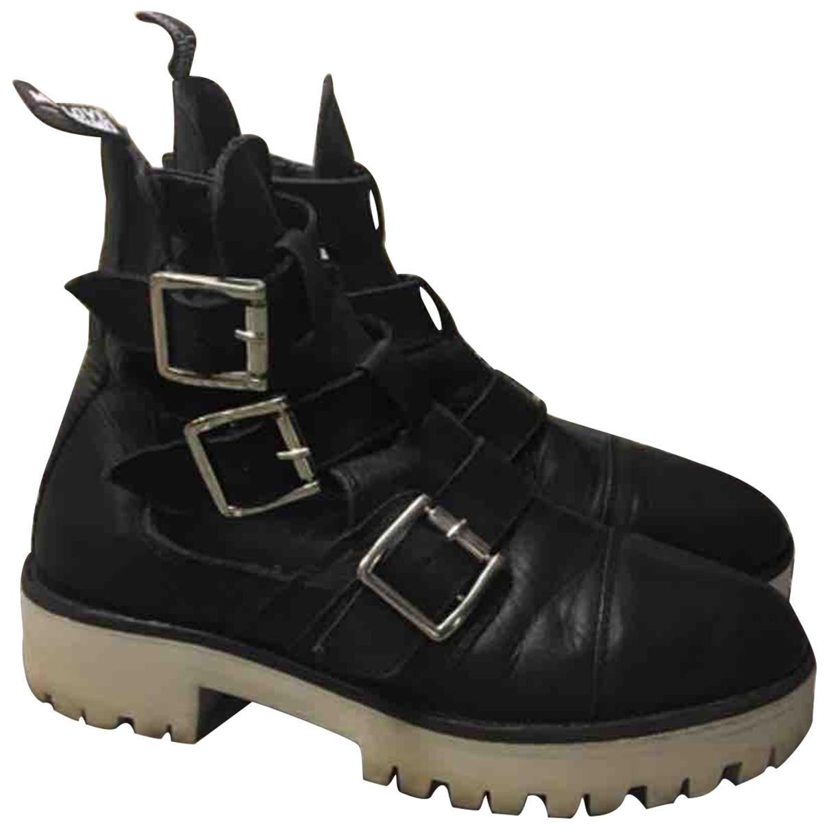 Moschino Love \N Stiefeletten in  Schwarz Leder