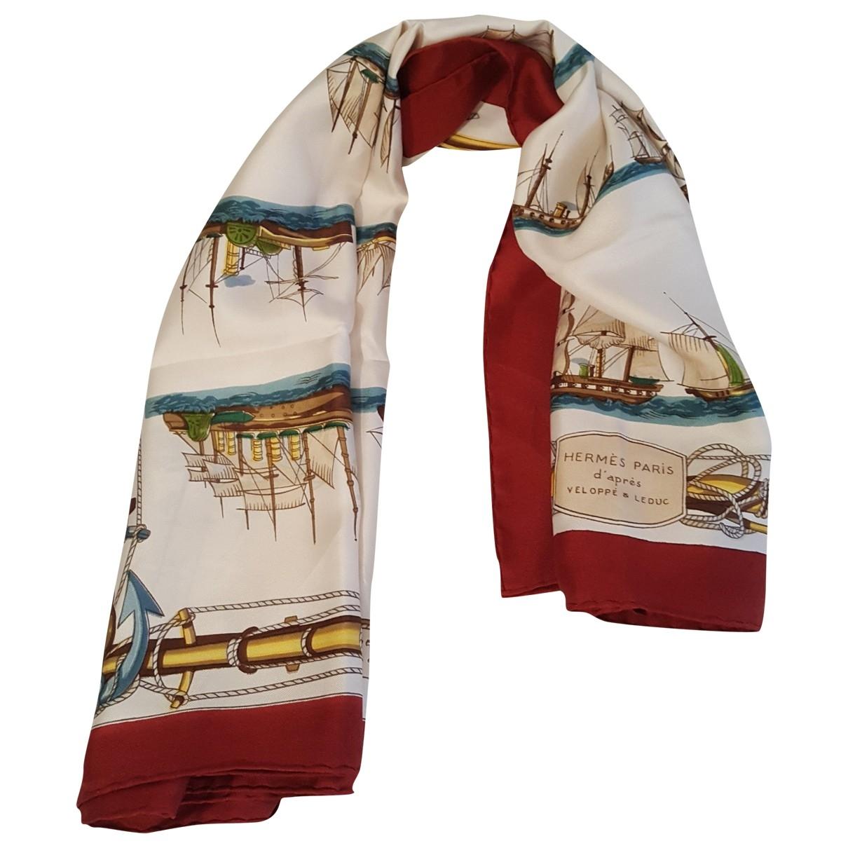 Hermès Châle 140 Red Silk scarf for Women \N