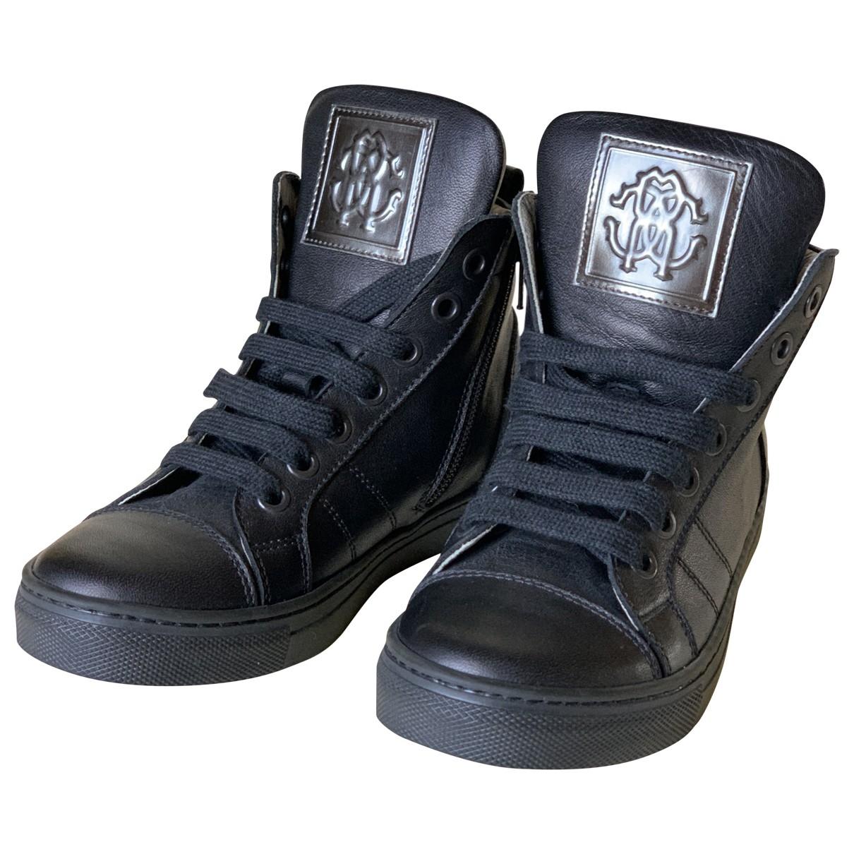 Roberto Cavalli \N Sneakers in  Schwarz Leder