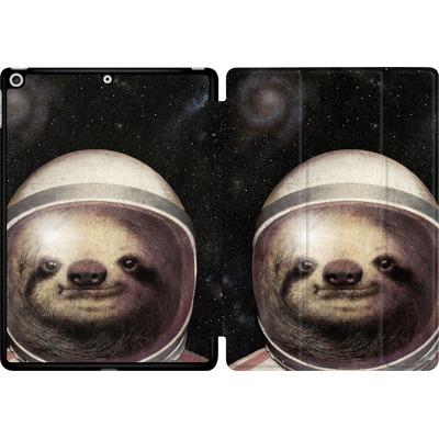Apple iPad 9.7 (2017) Tablet Smart Case - Space Sloth von Eric Fan