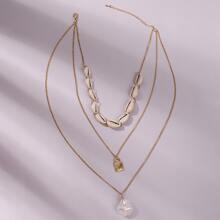 Mehrschichtige Halskette mit Schale und Kunstperlen Dekor