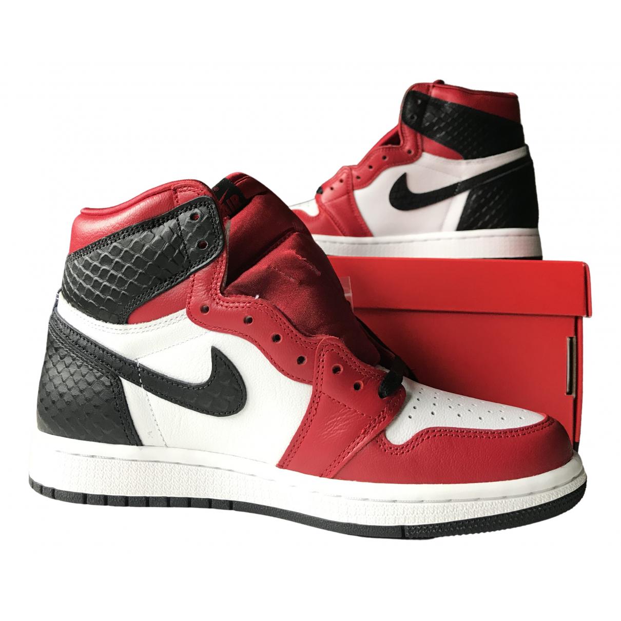 Jordan \N Sneakers in  Rot Leder