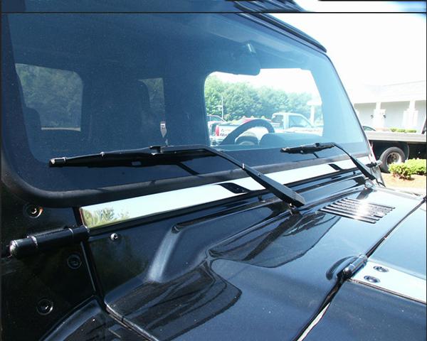 Quality Automotive Accessories 1-Piece 1.125 Width Windshield Trim Jeep Wrangler 2001