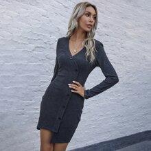 Rippenstrick Kleid mit einreihigen Knopfen und Wickel Design