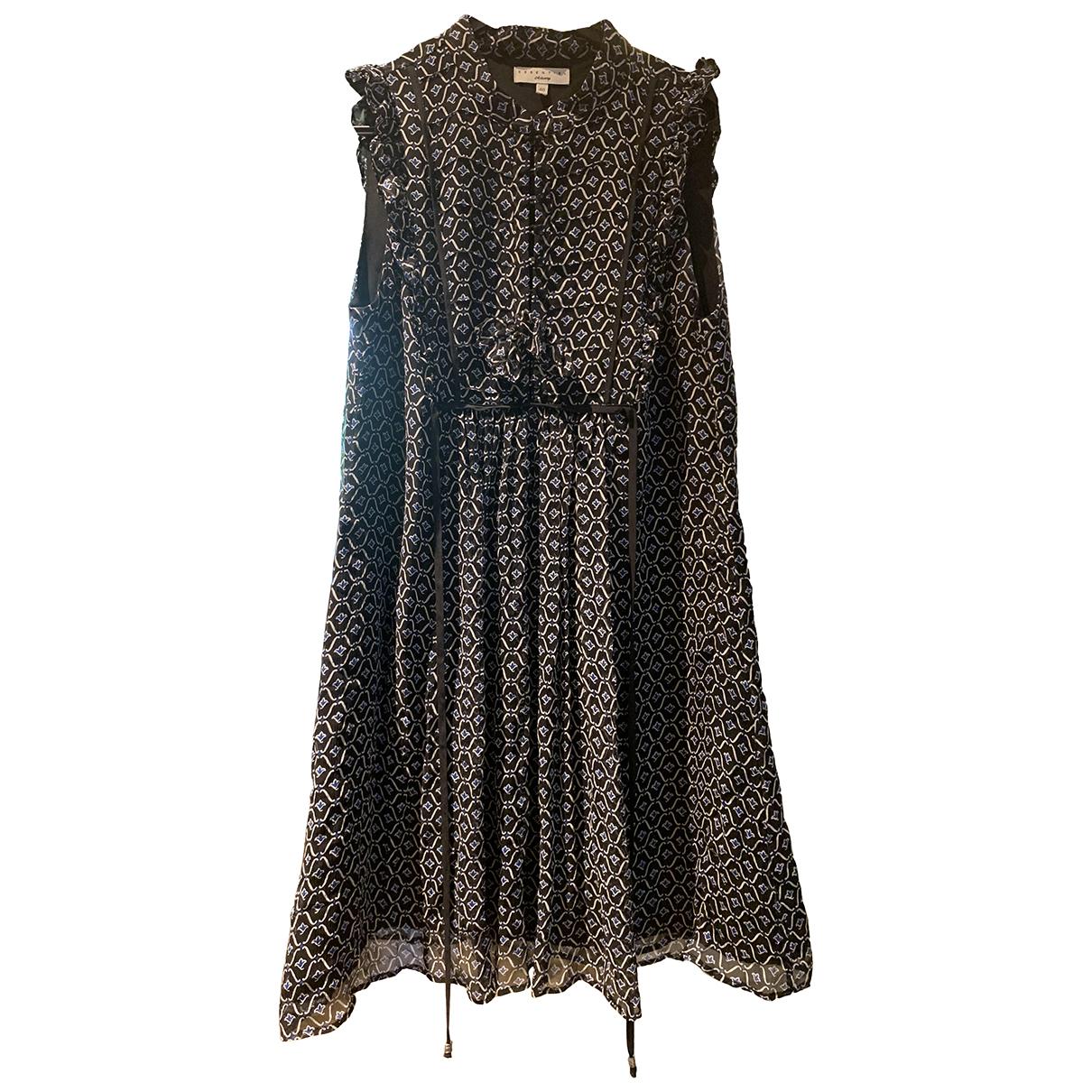Essentiel Antwerp \N Kleid in  Schwarz Seide