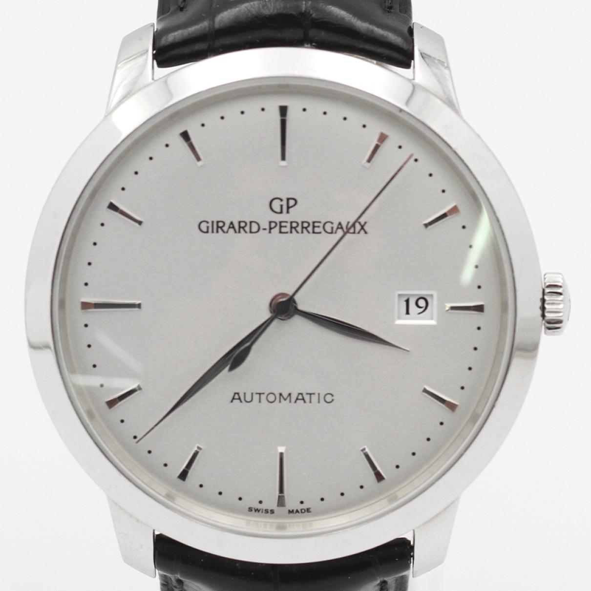 Girard Perregaux \N Black Steel watch for Men \N