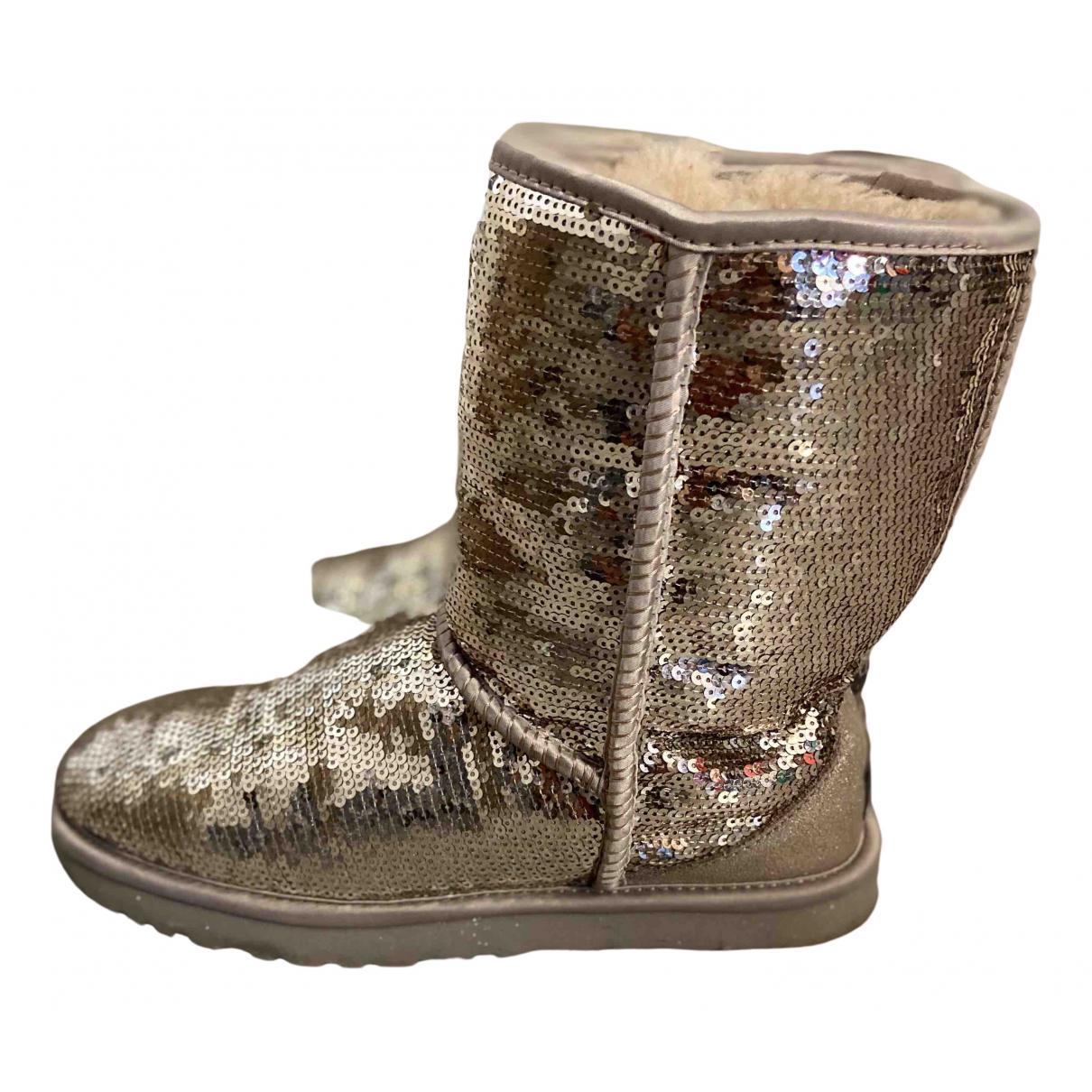 Ugg \N Stiefel in  Silber Schaf