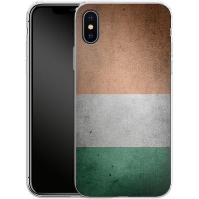 Apple iPhone X Silikon Handyhuelle - Rustic Irish Flag von caseable Designs