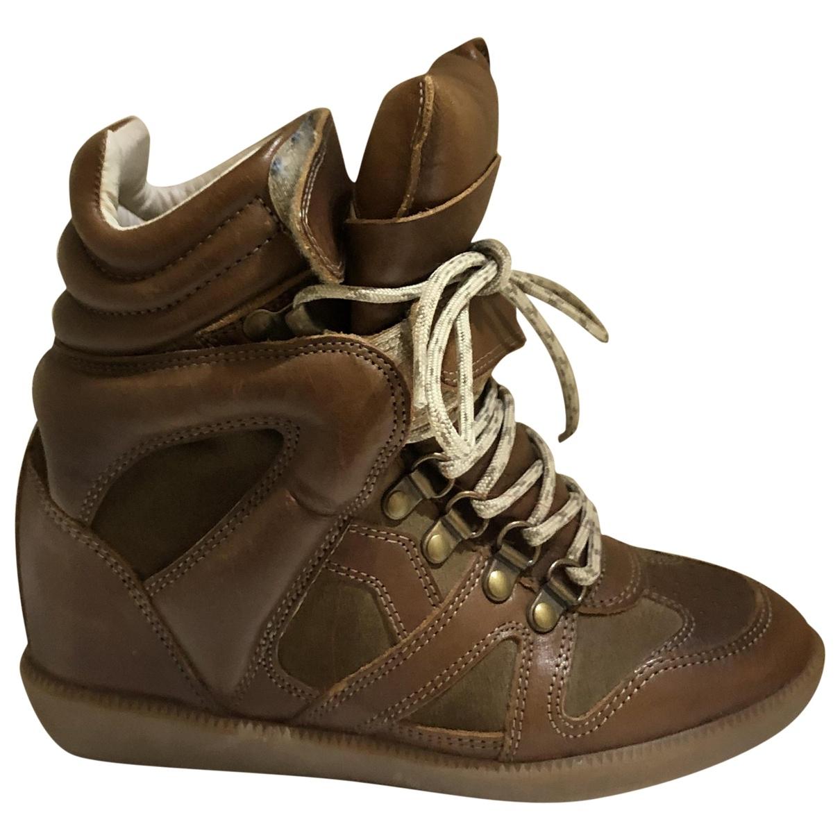 Isabel Marant Bobby Sneakers in  Braun Veloursleder