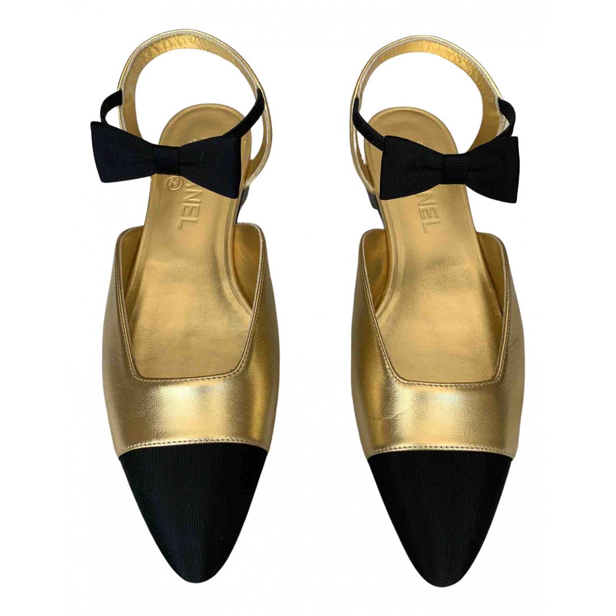 Chanel - Ballerines   pour femme en cuir - dore