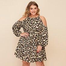 Schulterfreies Kleid mit Leopard Muster