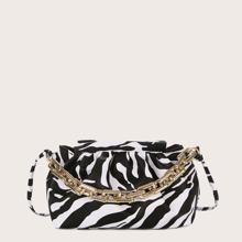 Umhaengetasche mit Zebra Muster und Kette