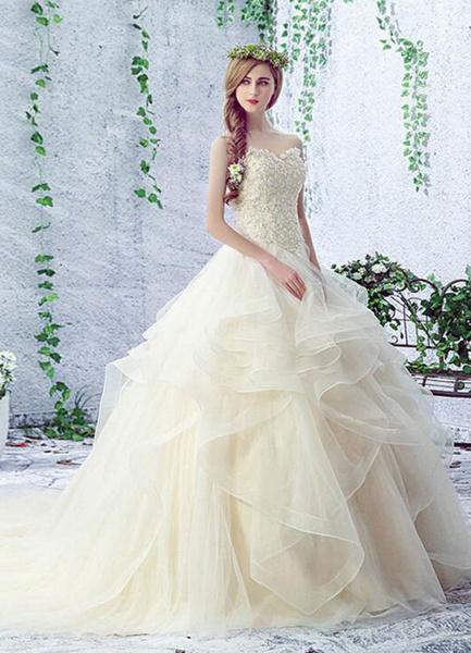 Milanoo Champagne Wedding Dress Lace Sweetheart Sleeveless Rhinestones Beaded Lace Up Chapel Train Bridal Gown