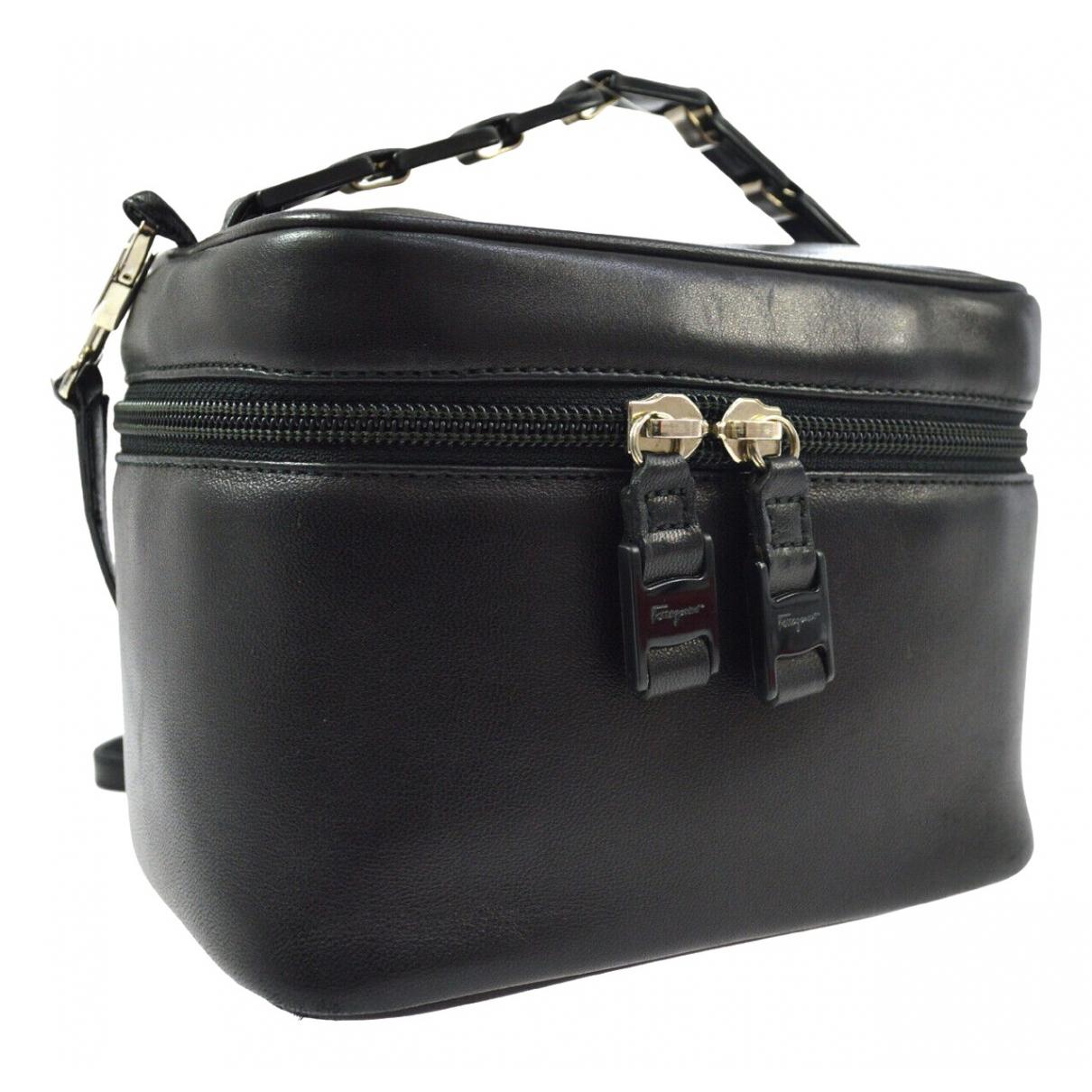 Salvatore Ferragamo Vara Black Leather Travel bag for Women \N