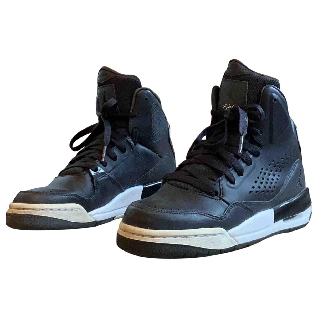 Jordan \N Black Leather Trainers for Women 38 EU