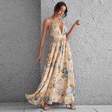 Vestido maxi floral de espalda abierta con tira cruzada
