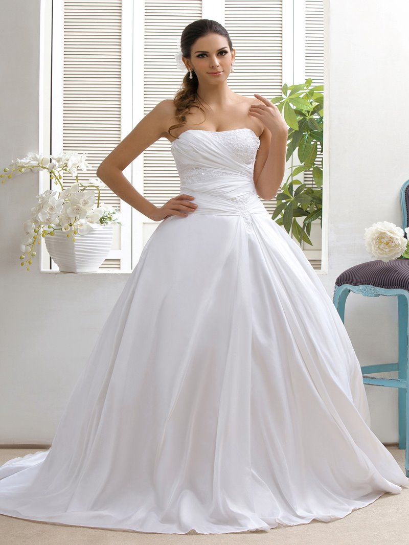 Ericdress Strapless Appliques Wedding Dress