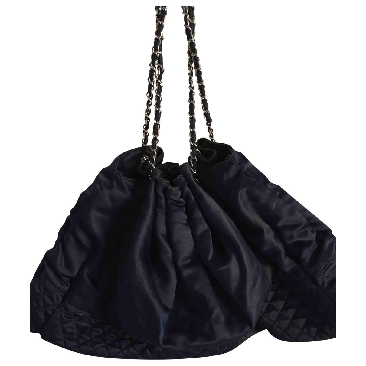 Chanel \N Blue Cloth handbag for Women \N