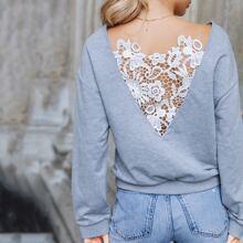 Sweatshirt mit sehr tief angesetzter Schulterpartie und Kontrast Guipure Spitzen
