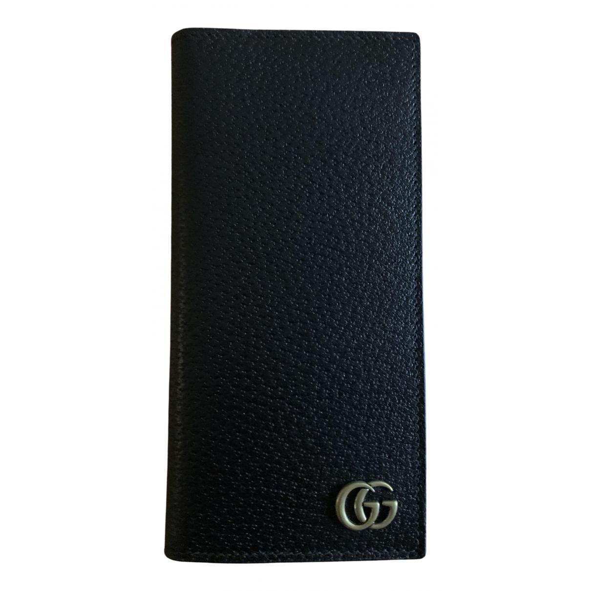 Gucci Marmont Portemonnaie in  Braun Leder