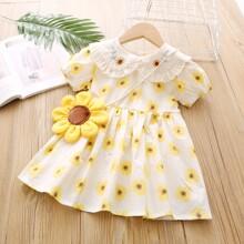 Kleid mit Sonnenblumen Stickereien, Ruesche und Tasche