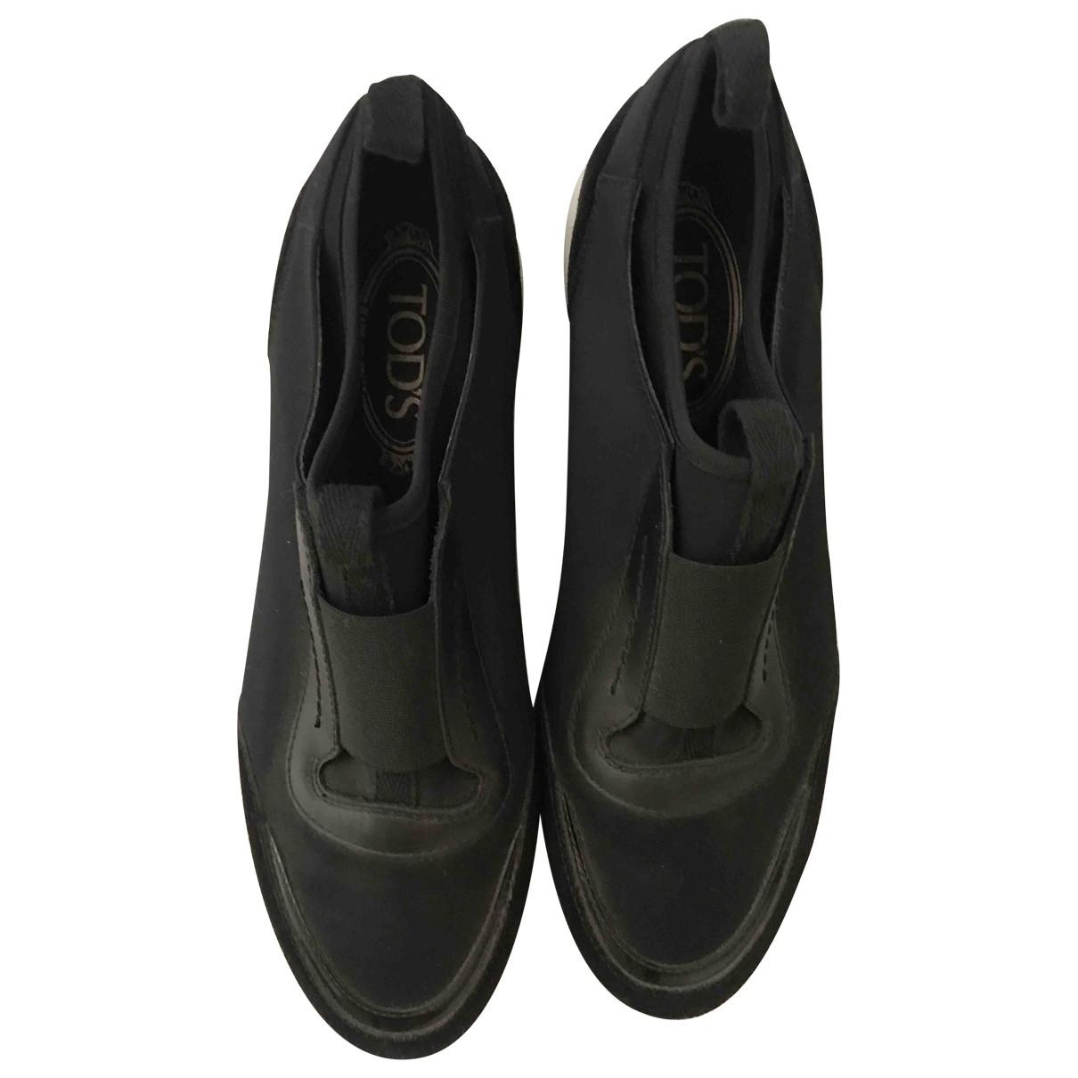 Tod's \N Black Cloth Trainers for Women 40 EU