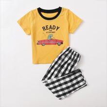 Schlafanzug Set mit Buchstaben & Karikatur Grafik